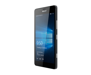 Lumia 950 black angleright dsim
