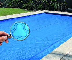 Elite magnifying glass on pool high res small