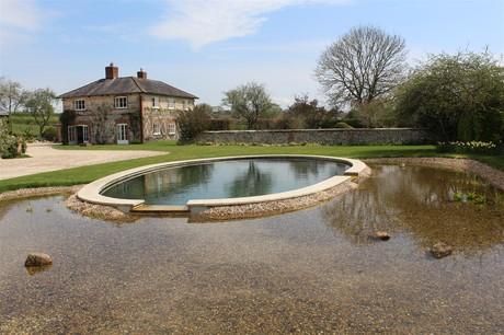 Natural pool uk 1711 x 1140