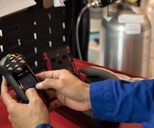 Blackline safety multi gas monitor