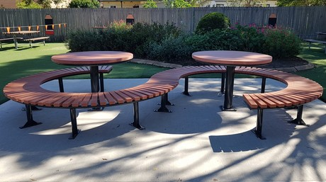Conrod Double All Access Setting 1 Click2Contact. The Conrod All Access  Outdoor Furniture From Scully ...