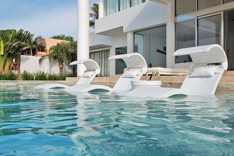 Pool Systems Ledge Lounger In Pool Furniture
