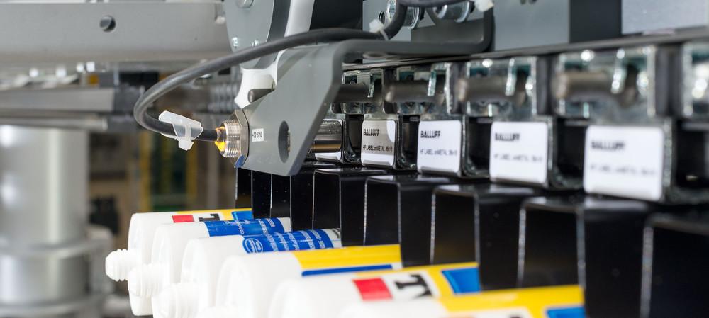 DMC vs RFID in manufacturing