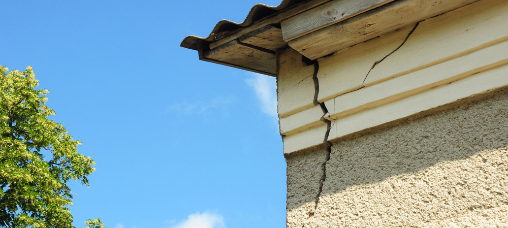 Identifying dangerous structural issues in buildings