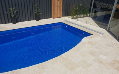 Daisy slimline below-ground pool cover box