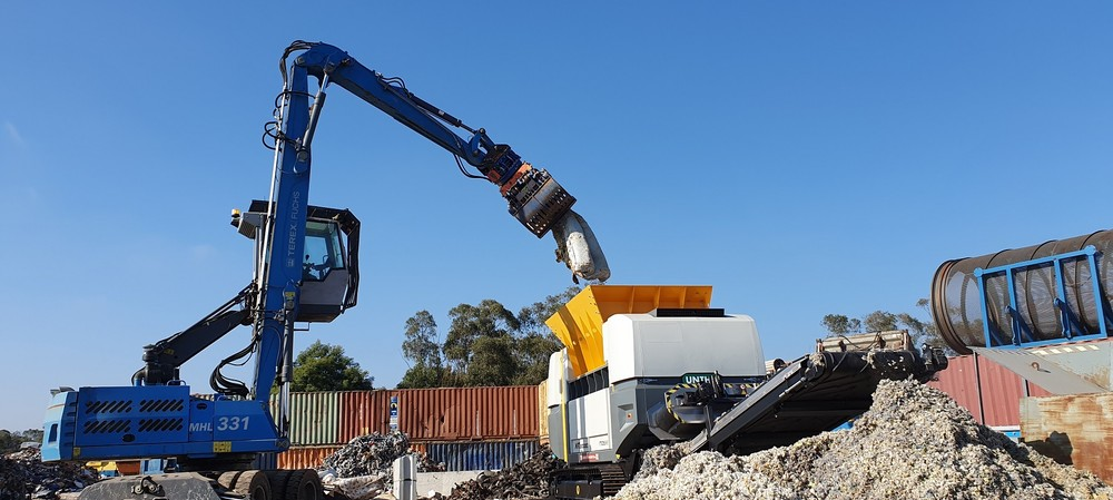High-spec fuel from waste using mobile shredder