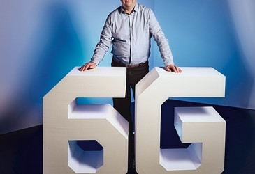 Key drivers and research challenges for 6G