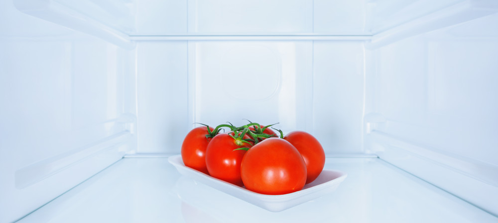 Should tomatoes be kept in the fridge?
