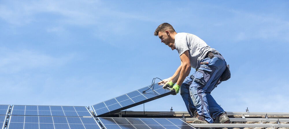 How solar panel positioning influences energy output
