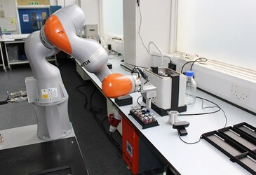 Robot chemist discovers a new catalyst