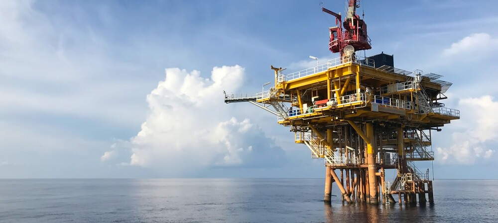 COTS hardware in oil well production and monitoring