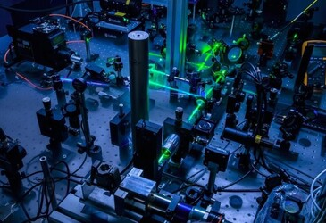 Thermal waves observed in a semiconductor material